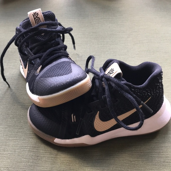 differently 3cfad d228d NIKE Kyrie 3 Toddler Basketball Shoe size 12